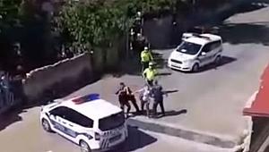 Tekirdağ'da evlerinin önünde oturan yurttaşa polis şiddeti!