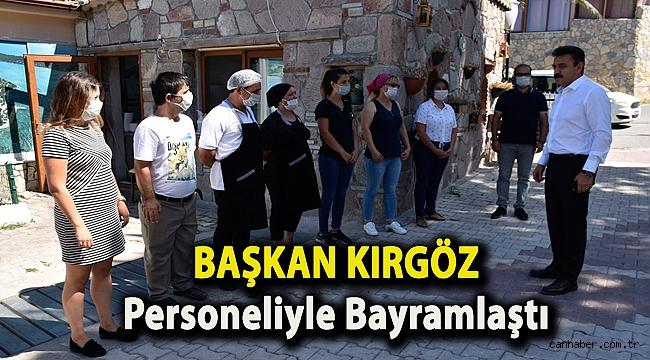 Başkan Kırgöz Personeliyle Bayramlaştı