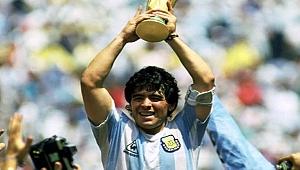 Efsane futbolcu Maradona öldü