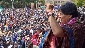 Evo Morales, darbecilerin yenilgisinin ardından Bolivya'ya döndü