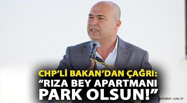 """CHP'li Bakan'dan çağrı: """"Depremde yıkılan Rıza Bey Apartmanı park olsun!"""""""